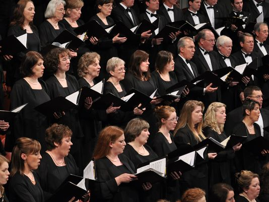 Symphony Boasts Impressive Holiday Season Schedule