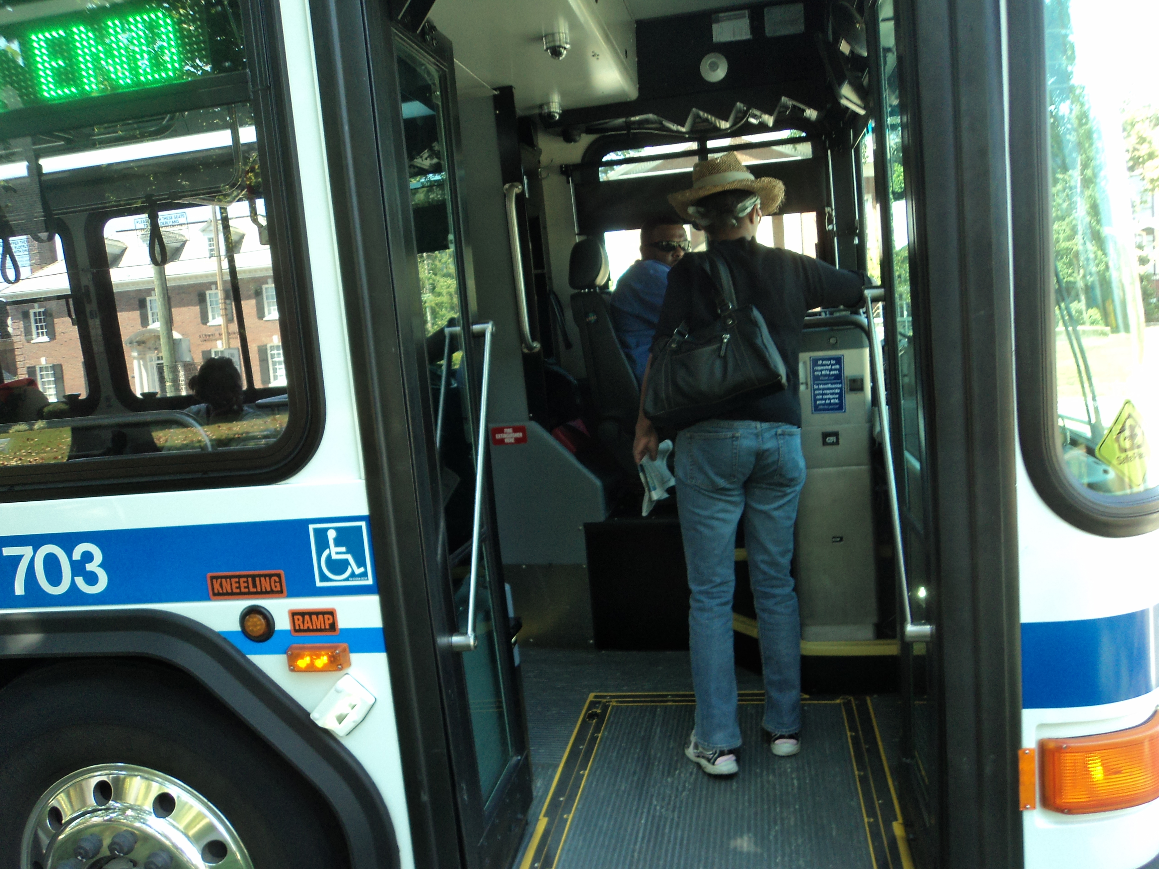 Free New Year's Bus Rides in Metro Courtesy of Miller Lite