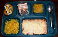 Why Metro Offers Free Lunches to All Students