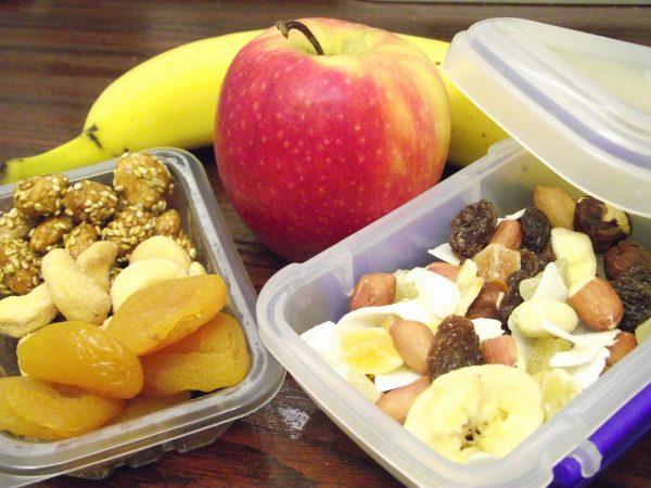 Healthy Back to School Snacks That Won't Break the Bank